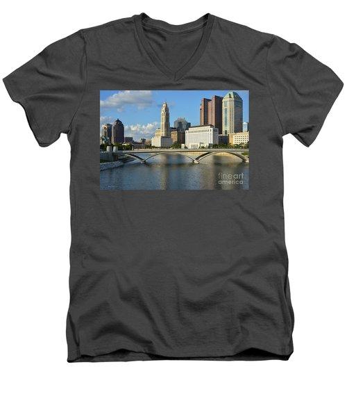 Columbus Ohio Skyline Photo Men's V-Neck T-Shirt