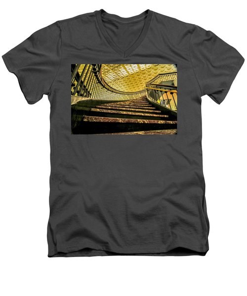 Union Station Washington Dc Men's V-Neck T-Shirt