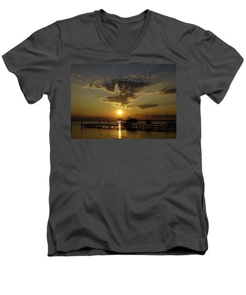 An Outer Banks Of North Carolina Sunset Men's V-Neck T-Shirt