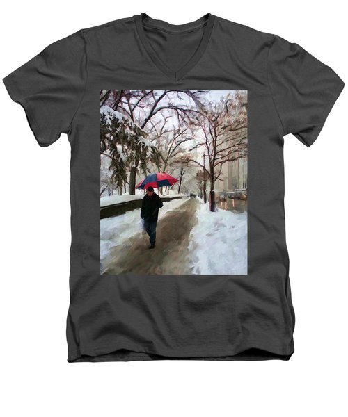 Snowfall In Central Park Men's V-Neck T-Shirt