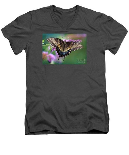 Eastern Tiger Swallowtail Butterfly On Butterfly Bush Men's V-Neck T-Shirt