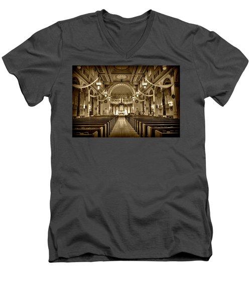 Holy Cross Catholic Church Men's V-Neck T-Shirt