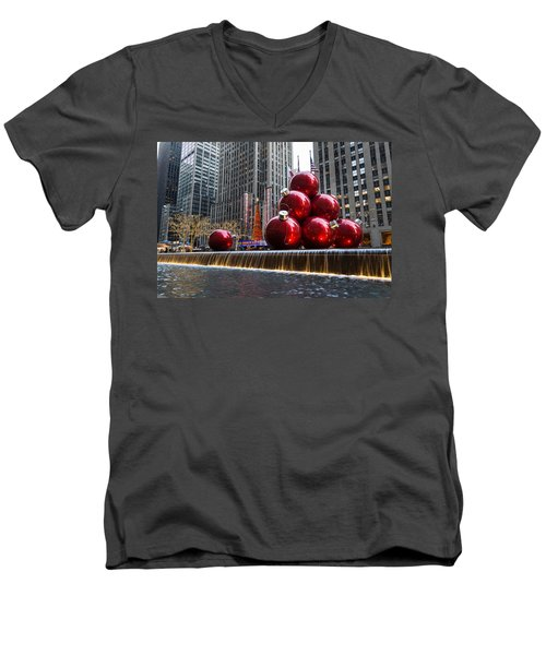 A Christmas Card From New York City - Radio City Music Hall And The Giant Red Balls Men's V-Neck T-Shirt