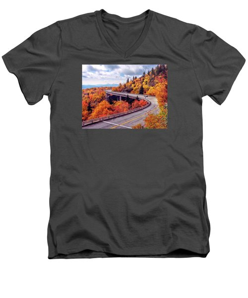A Colorful Ride Along The Blue Ridge Parkway Men's V-Neck T-Shirt