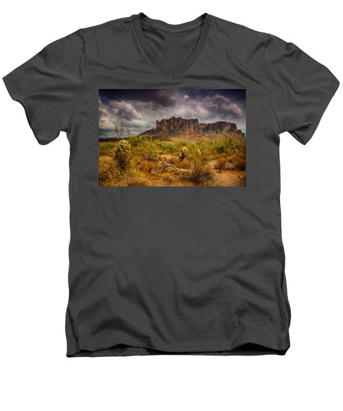 A Day At The Superstitions  Men's V-Neck T-Shirt