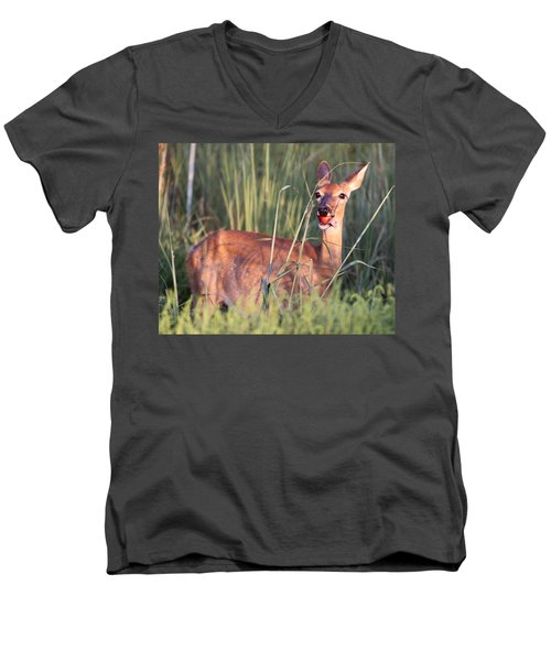 Men's V-Neck T-Shirt featuring the photograph A Mouth Full by Elizabeth Winter