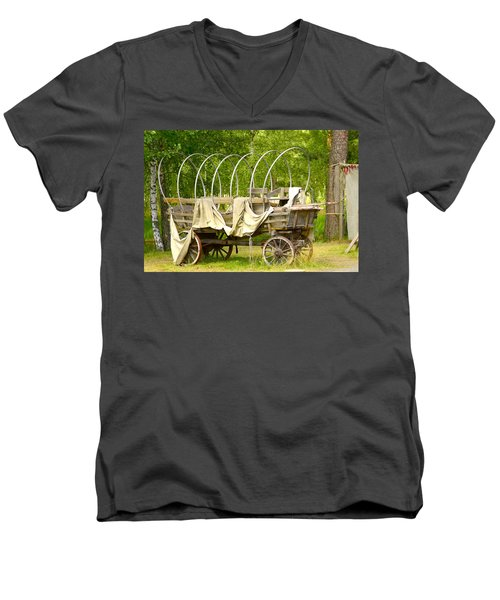 A Wagon Men's V-Neck T-Shirt