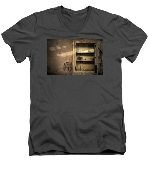 Abandoned Kitchen Cabinet Men's V-Neck T-Shirt