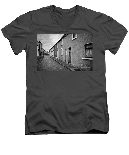 Abbey Lane Men's V-Neck T-Shirt