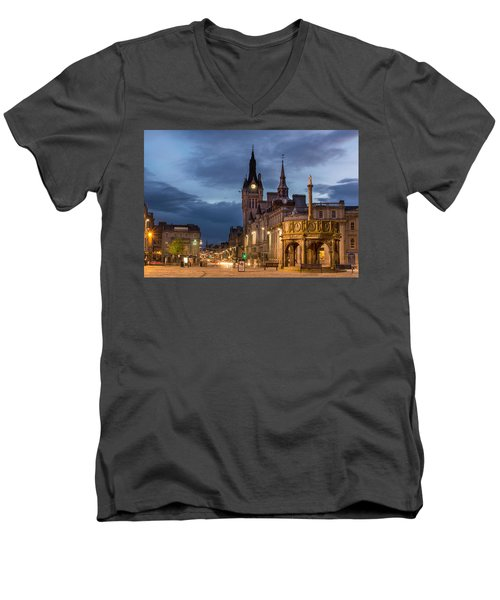 Aberdeen At Night Men's V-Neck T-Shirt