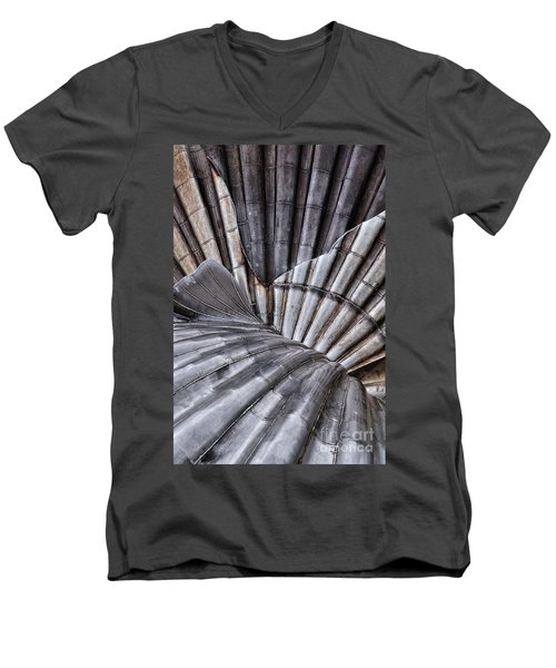 Aldeburgh Shell Abstract Men's V-Neck T-Shirt