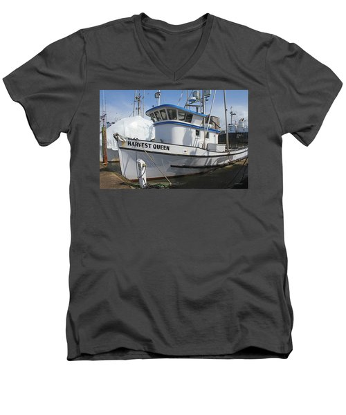 All Painted And Ready To Fish Men's V-Neck T-Shirt