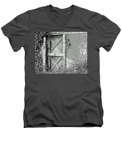 Abandoned And Alone Men's V-Neck T-Shirt