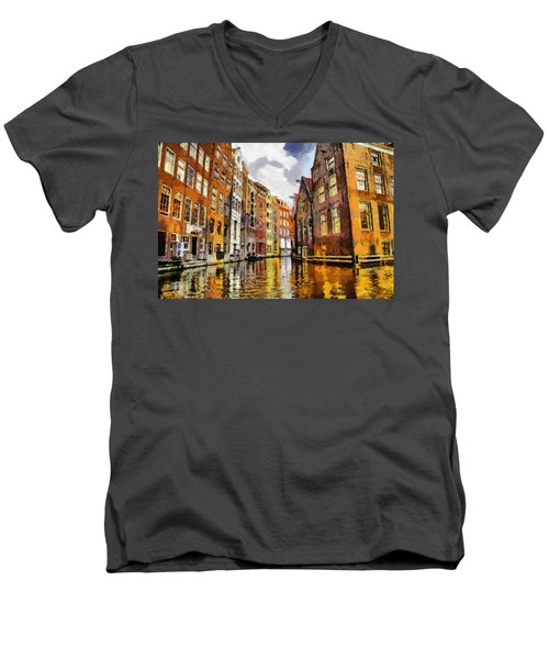Amasterdam Houses In The Water Men's V-Neck T-Shirt