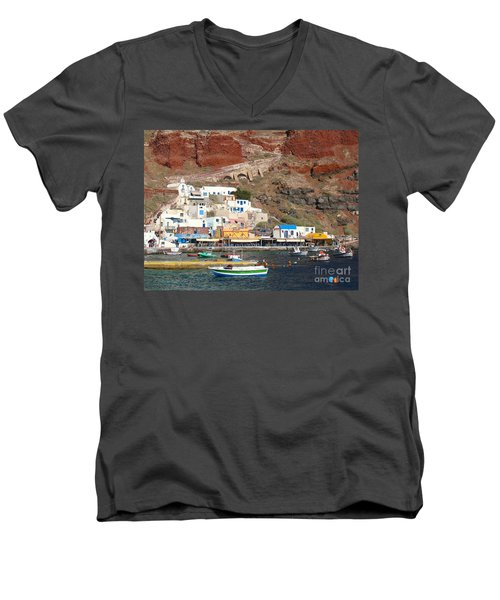 Amoudi Bay Men's V-Neck T-Shirt by Suzanne Oesterling