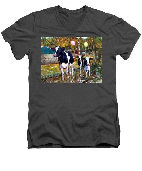 An007 Men's V-Neck T-Shirt