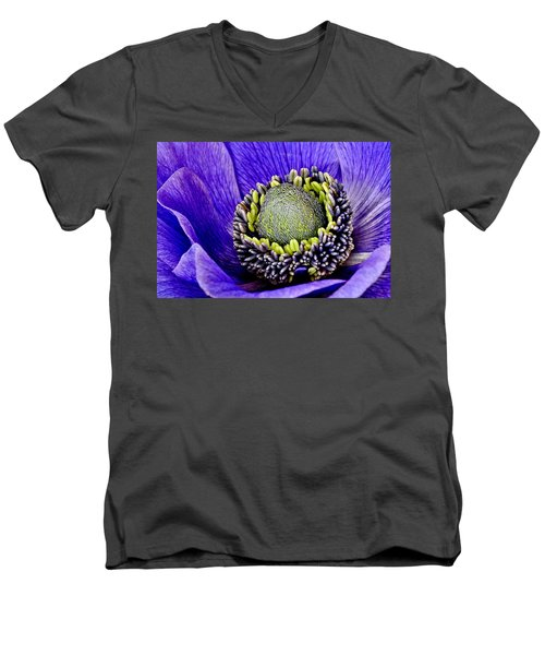 Anemone Heart Men's V-Neck T-Shirt