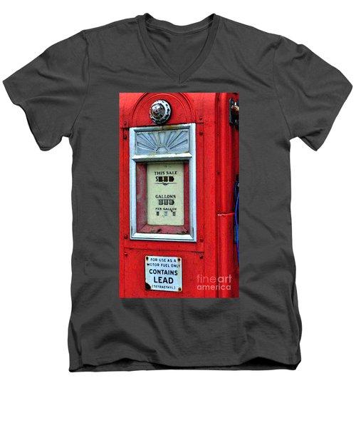 Antique Gas Pump Men's V-Neck T-Shirt