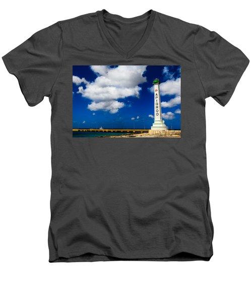 Apigroo Lighthouse Men's V-Neck T-Shirt