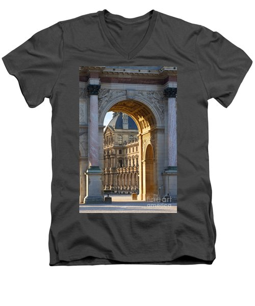 Arc De Triomphe Du Carrousel Men's V-Neck T-Shirt