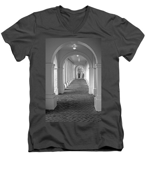 Arches At The Rotunda At University Of Va 2 Men's V-Neck T-Shirt