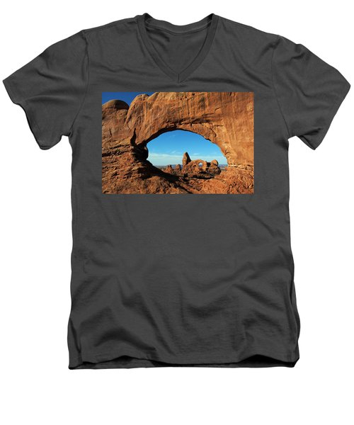 Arches National Park 61 Men's V-Neck T-Shirt