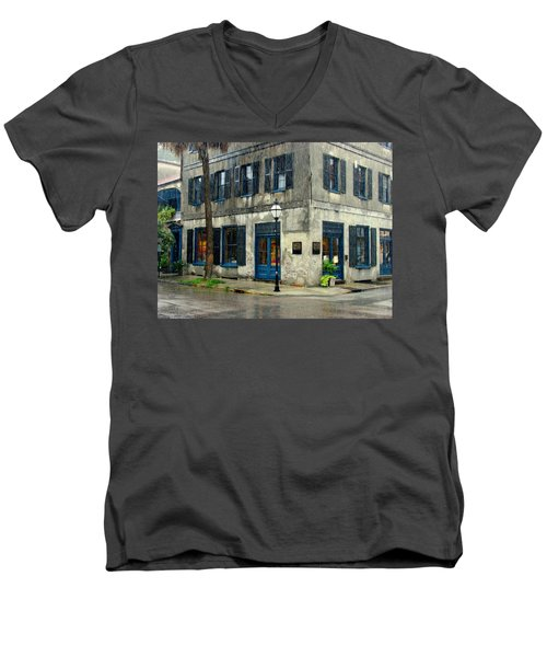 Men's V-Neck T-Shirt featuring the photograph Art Gallery In The Rain by Rodney Lee Williams
