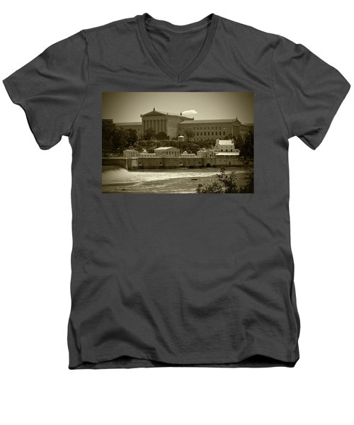 Art Museum And Fairmount Waterworks - Bw Men's V-Neck T-Shirt