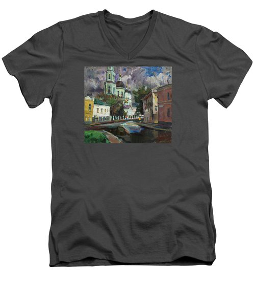 At The Church Sergius In Moscow Men's V-Neck T-Shirt