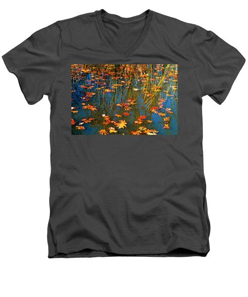 Men's V-Neck T-Shirt featuring the photograph Autumn  Floating by Peggy Franz