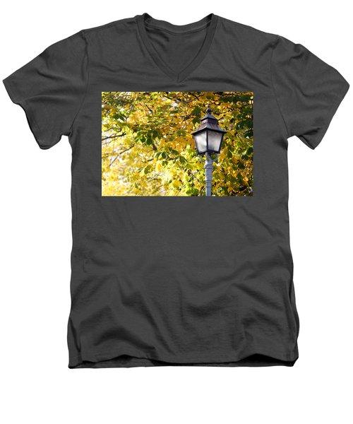 Autumn Lamp Post Men's V-Neck T-Shirt