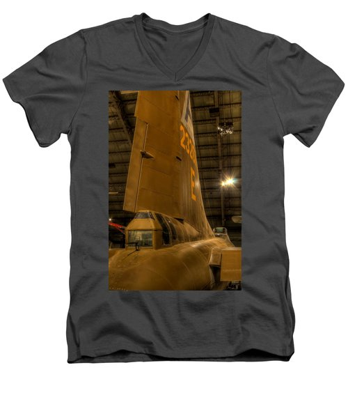 B-17 Tail Gunner Men's V-Neck T-Shirt