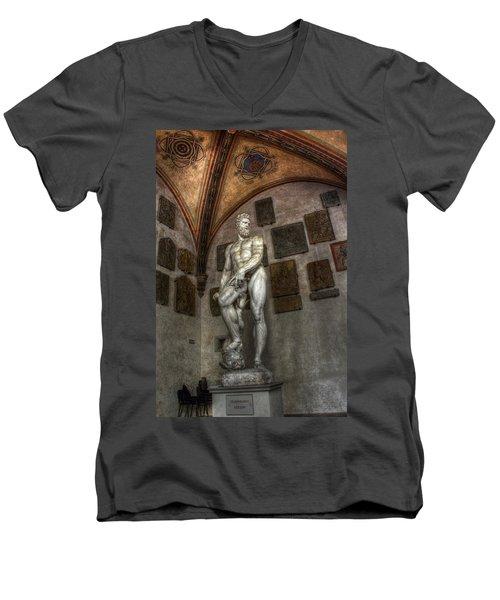 Giambologna's Oceano Men's V-Neck T-Shirt