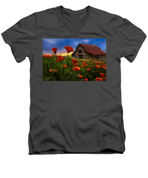 Barn In Poppies Men's V-Neck T-Shirt