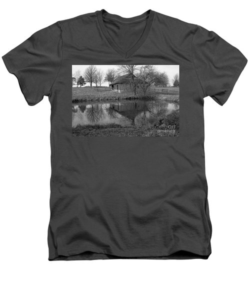 Barn Reflection Men's V-Neck T-Shirt