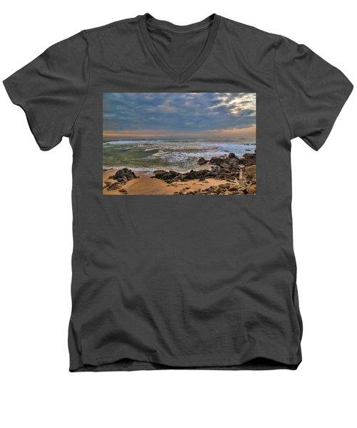 Beach Landscape Men's V-Neck T-Shirt