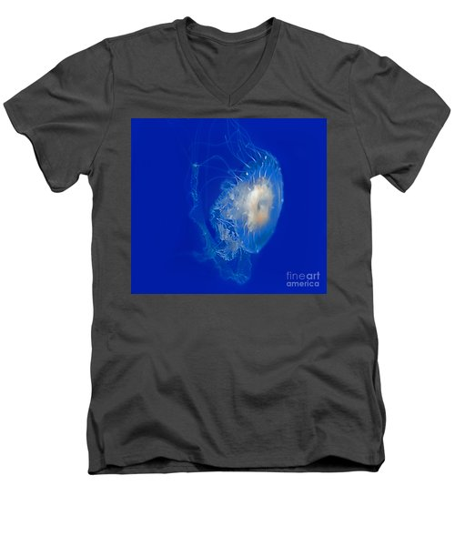 Beautiful Jelly Fish Art Prints Men's V-Neck T-Shirt