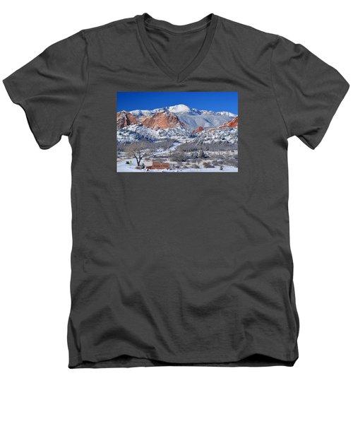 Beautiful Winter Garden Of The Gods Men's V-Neck T-Shirt by John Hoffman