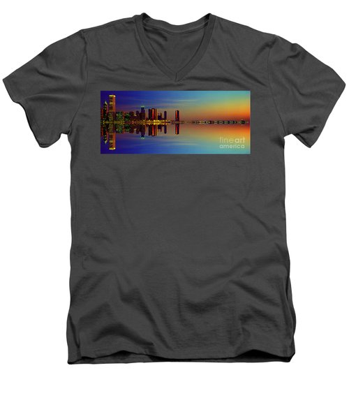 Between Night And Day Chicago Skyline Mirrored Men's V-Neck T-Shirt