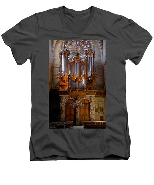 Beziers Pipe Organ Men's V-Neck T-Shirt
