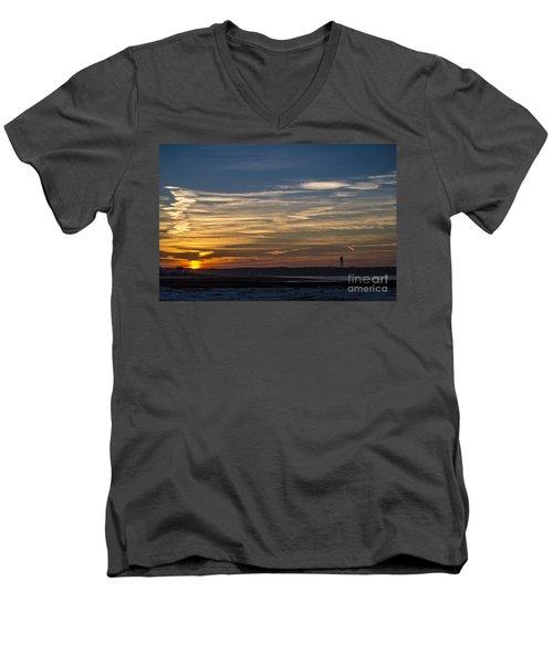 Biddeford Pool Maine Sunset Men's V-Neck T-Shirt