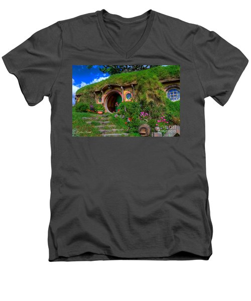Bilbo Baggin's House 5 Men's V-Neck T-Shirt