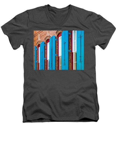 Blue Windows Men's V-Neck T-Shirt