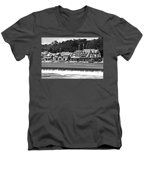 Boathouse Row - Bw Men's V-Neck T-Shirt