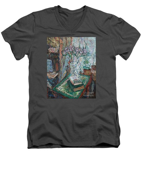 Books And Flowers Men's V-Neck T-Shirt