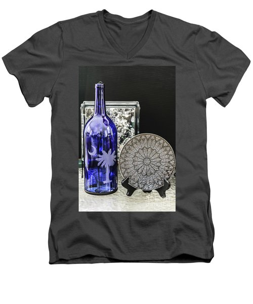 Bottle And Plate Men's V-Neck T-Shirt