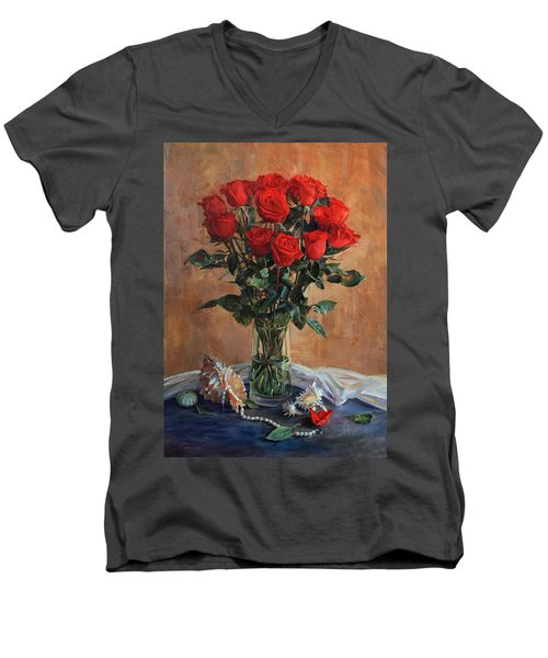 Bouquet Of Red Roses On The Birthday Men's V-Neck T-Shirt