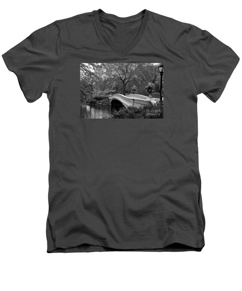 Bow Bridge Nyc In Black And White Men's V-Neck T-Shirt by Christiane Schulze Art And Photography