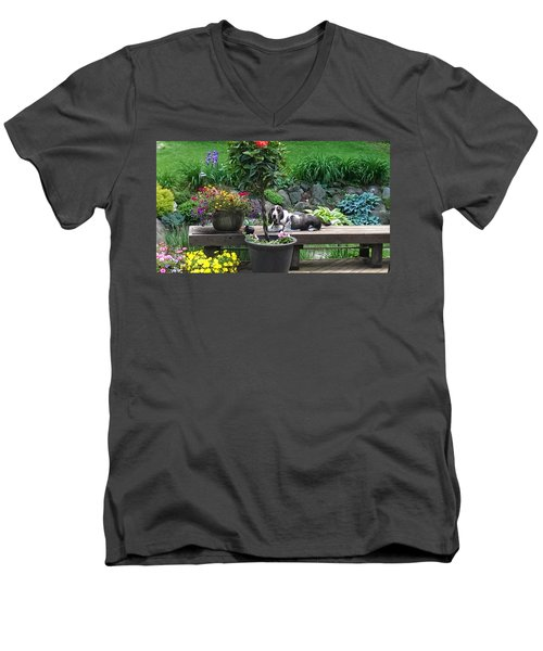 Bowie In The Garden Men's V-Neck T-Shirt