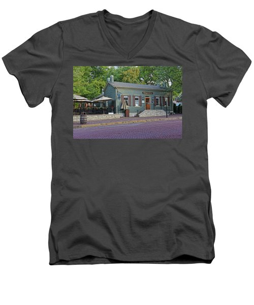 Braddens Main Street St Charles Mo Dsc00874  Men's V-Neck T-Shirt